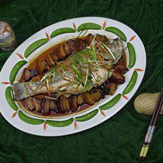 蒸腊肉鲈鱼
