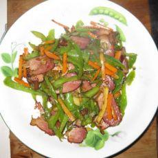 胡萝卜青椒炒腊肉