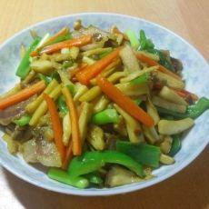 腊肉炒杏鲍菇的做法
