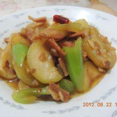 腊肉炒西葫芦