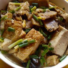 香菇腊肉炖豆腐