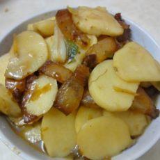 腊味炒薯菇