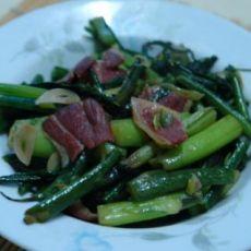 腊肉炒红菜薹的做法