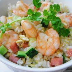 虾仁炒米饭