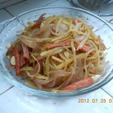 洋葱土豆丝的做法