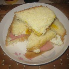 肉松鸡蛋火腿三明治