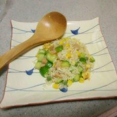 火腿黄瓜炒饭的做法