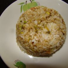 豆芽火腿炒饭