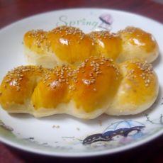 热狗芝麻面包卷
