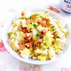 蛋包豆腐丁的做法