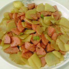 土豆炒香肠
