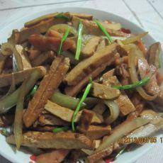 洋葱香肠炒豆干