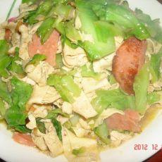 香肠炒甘蓝干豆腐的做法