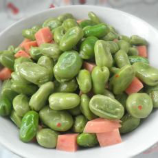 蚕豆炒香肠