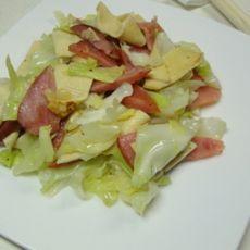 洋白菜炒香肠的做法
