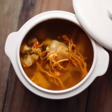 虫草花鸡汤的做法