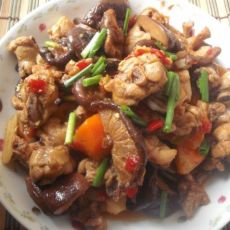 红萝卜香菇炖鸡