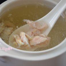 清炖鸡肉汤的做法
