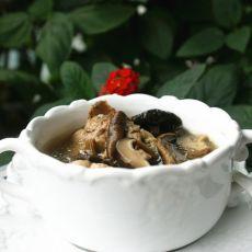 茶树菇墨鱼炖鸡