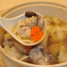 【原创首发】鸡汤馄饨煲的做法