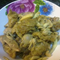 鲜菇面筋焖鸡