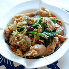 鸡肉涮米酒的做法