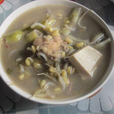 四季豆豆芽豆腐汤