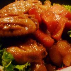 鸡翅焖土豆胡萝卜的做法
