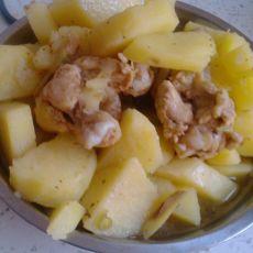 土豆炖鸡翅根