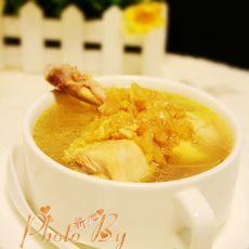 燕窝炖鸡汤的做法