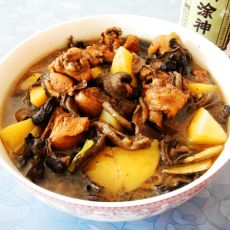 黄菇土豆烧鸡块