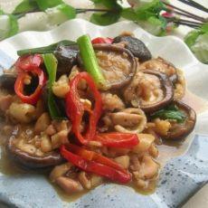 鸡腿肉焖冬菇
