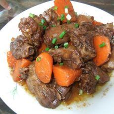 胡萝卜炖鸭肉