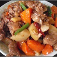 红萝卜土豆烧鸭