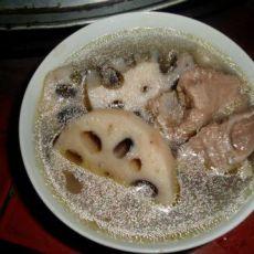 莲藕炖鸭肉