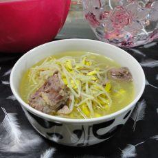 黄豆芽炖鸭汤的做法