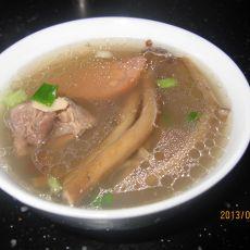 美味鸭菌汤