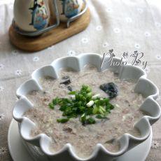 皮蛋瘦肉红米粥