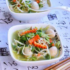 豆苗鹌鹑蛋银鱼靓汤