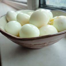水煮鹌鹑蛋