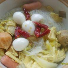 煲鹌鹑鱼丸粉丝