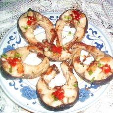 饼铛烤草鱼的做法