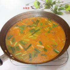 香芹大蒜鱼汤香锅的做法