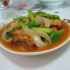 西芹洋葱煮鱼