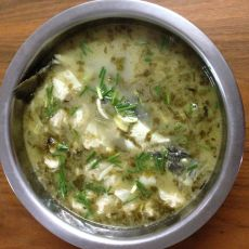 鲈鱼雪菜笋丝馄饨汤的做法