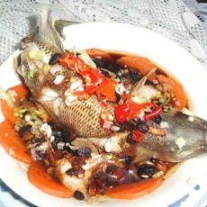 鲈鱼蒸胡萝卜