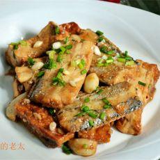 老豆腐烧带鱼