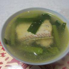 大蒜带鱼汤的做法