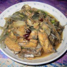 洋葱炒带鱼