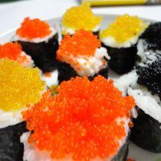 三文鱼.蟹籽寿司